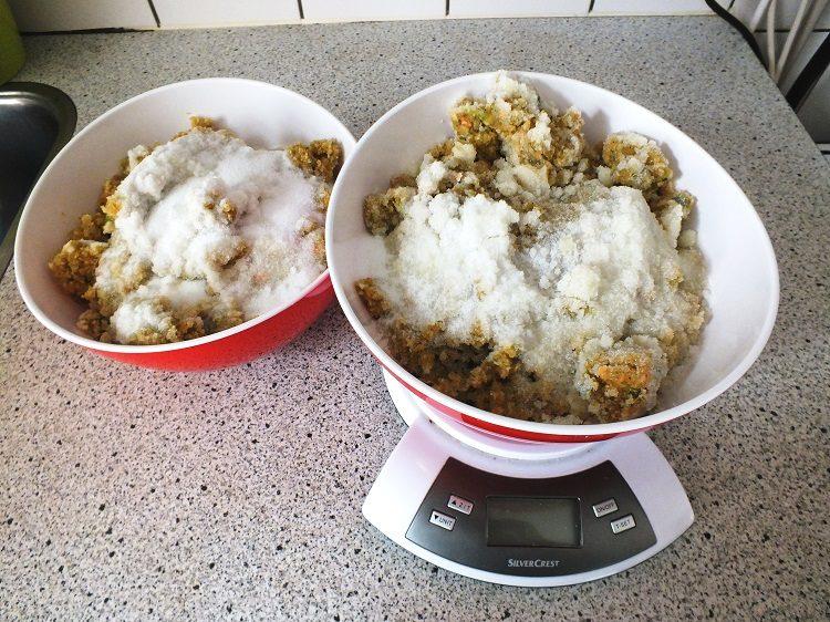 diana-6-bouillonpasta-met-zout-afgewogen